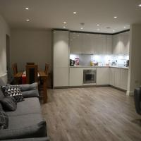 Amazing Modern 2 Bed 2 Bathrooms near Wembley & Central London