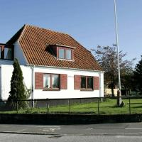 Two-Bedroom Holiday home in Allinge 4