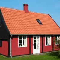 Three-Bedroom Holiday home in Svaneke 2