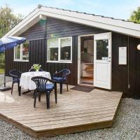 Five-Bedroom Holiday home in Juelsminde 1