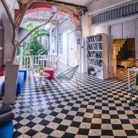 Be Lounge Hostel
