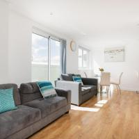 Modern & Luxury London Apartment