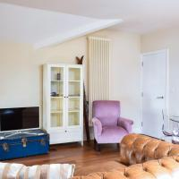 1 Bedroom Flat In Victorian Building Near Farringdon