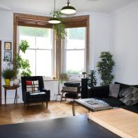 Stylish 1 Bedroom Next to Hove Station