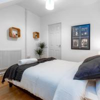 Broadhurst House Deluxe Room 1