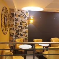 Panam Hotel - Place Gambetta
