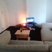 1 Double Bed Flat in East Sheen, Richmond Upon Thames