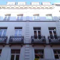 Grand Place The Looks Apartment