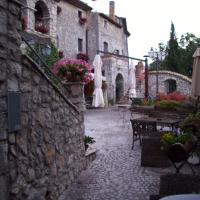 Al Piccolo Borgo Locanda Con Alloggio