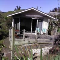 Mandhari Bed and Breakfast Cottage