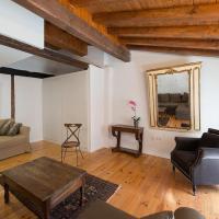 Heart of Pamplona Apartment