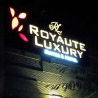 Royaute Luxury - Suites & Hotel, Lahore