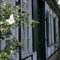 Rosindell cottage