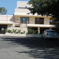 Pyramids Motel
