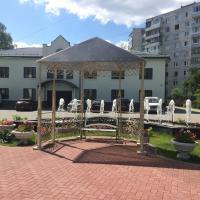 Гостиный двор Зуевский