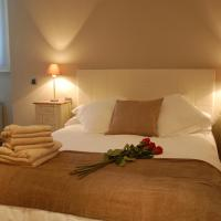 Montseny Suites & Apartments