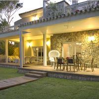 Villa Con Jardines