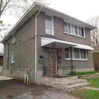 Adib Apartments - 840 Woodroffe Ave, Unit 4 (Basement)