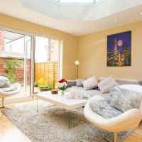 Lovely Parfrey Street Apartment