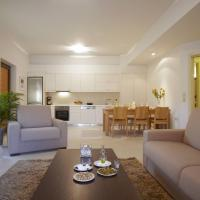 Ikia Luxury Homes