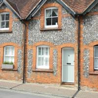 Cosy Cottage in central Henley
