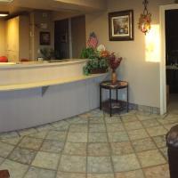 Hilltop Inn & Suites