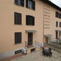 Sarzana House