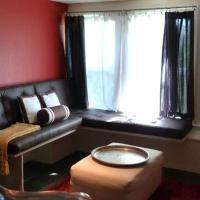 17th & Caro Apartment 2