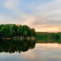 Lake Myers Lakeside Villa 22