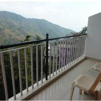 Tripvillas @ 8 Auspicious Him View Hotel