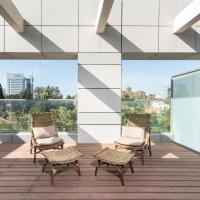 Stunning Apts in the Exciting Sarona Complex by Sea N' Rent