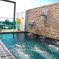 Kamala Regent 3-Bedroom Apartment with Rooftop Pool