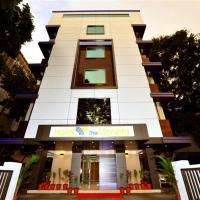 Hotel The Moneta Near FC College)