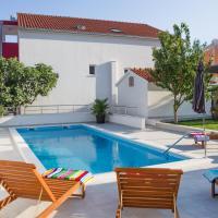 Leonarda - privacy & pool