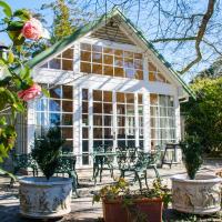 Bygone Beautys Cottages - Bronte Cottage
