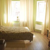 Апартаменты на Серебрянка 46