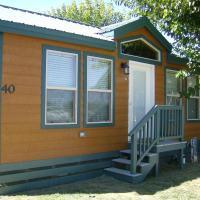 Lake Minden Camping Resort Cottage 2