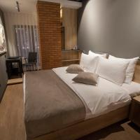 Solun's Riverside Rooms