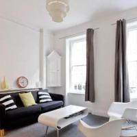 Trendy flat in the heart of London