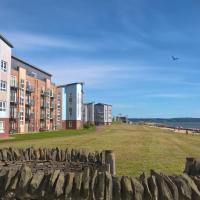 Stylish Coastal Park Apartment