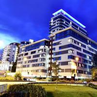 Skyline Plaza, Luxury Downtown Apartments