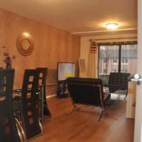 North woodside apartment