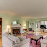 Seaside Governor's House Vacation Rental