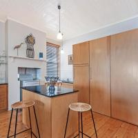 Spinnakers Apartment