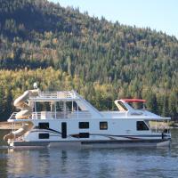 Waterway Houseboat Vacations