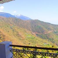 Hill View Apartment - Dalai's Abode