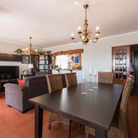 """HomeySuite"" in Estoril Beach Apartment"