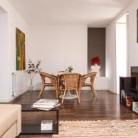 Lisbon Centre Apartment with Private Pool