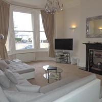 3 Queens Gardens Sea View Apartment