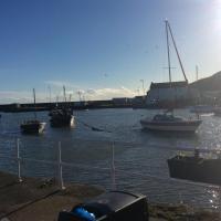 Sma Harbour Hoose